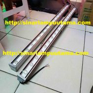 Lampu LED Wall Washer 1m Cahaya Warmwhite